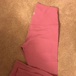 Dusty Rose 25'' Lululemon Leggings Size 6